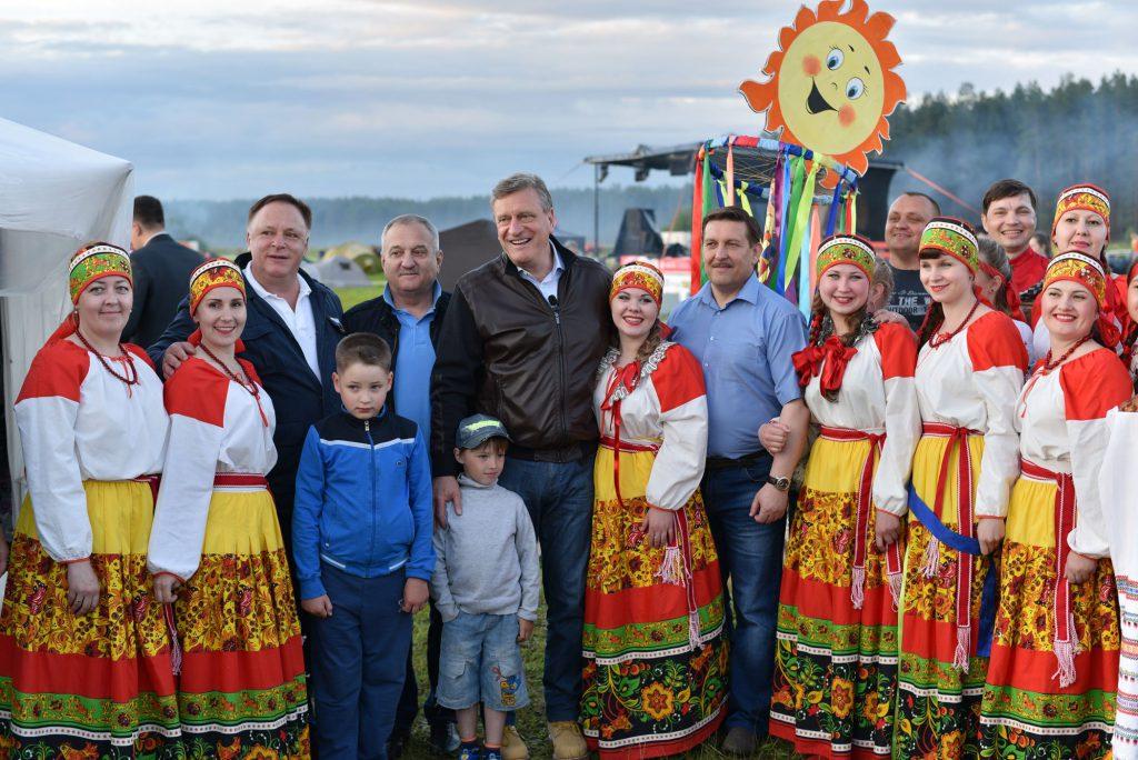 Делегации Мурашинского, Советского и Котельничского районов победили в конкурсе на лучший лагерь «Гринландии».