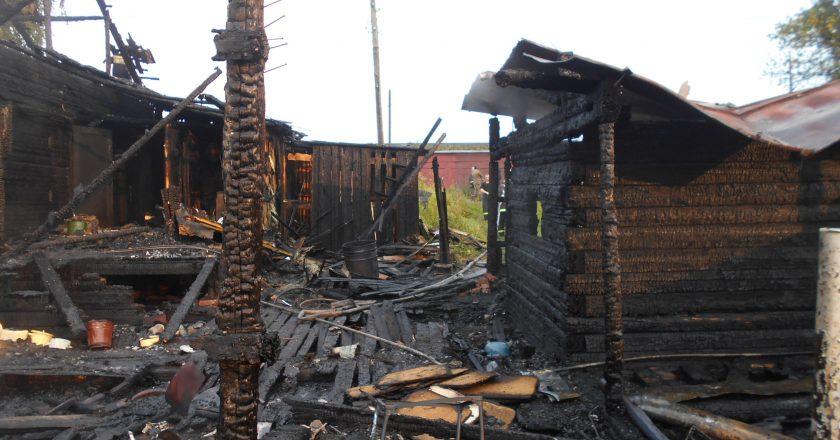 Неисправные провода привели к пожару в бане