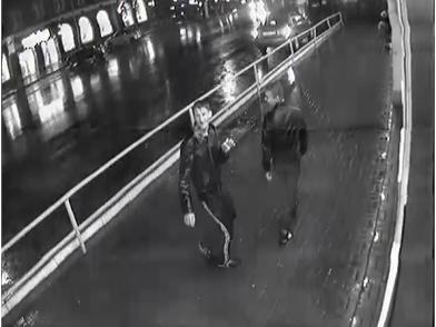 Ограбление учительницы на Московской в Кирове попало на видеоОграбление учительницы на Московской в Кирове попало на видео