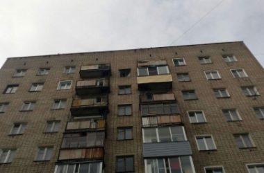 В Кирове у дома обнаружили тело молодого мужчины