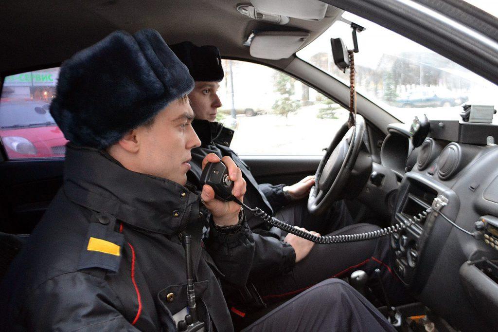 В Кирове сотрудники Росгвардии задержали мужчину, угрожавшего физической расправой пенсионеру