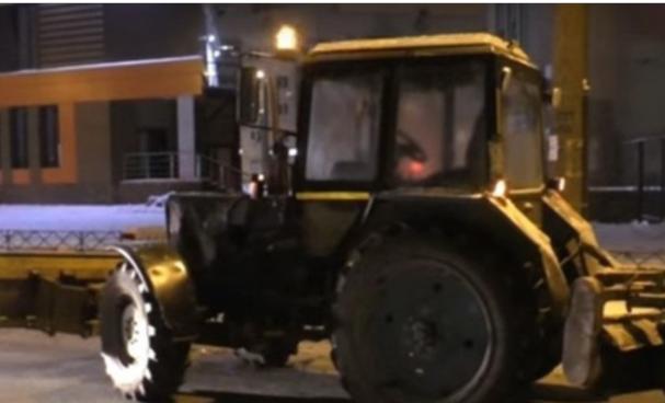 В Кирове уволили пьяного тракториста, который пытался скрыться от ДПС