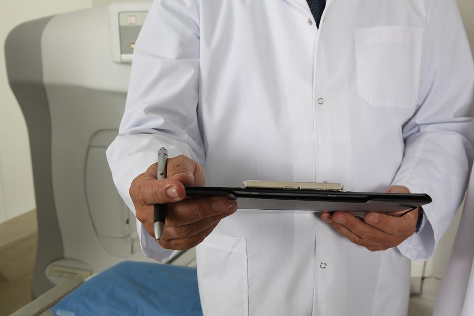 Кировского врача обвиняют в смерти 57-летнего пациента
