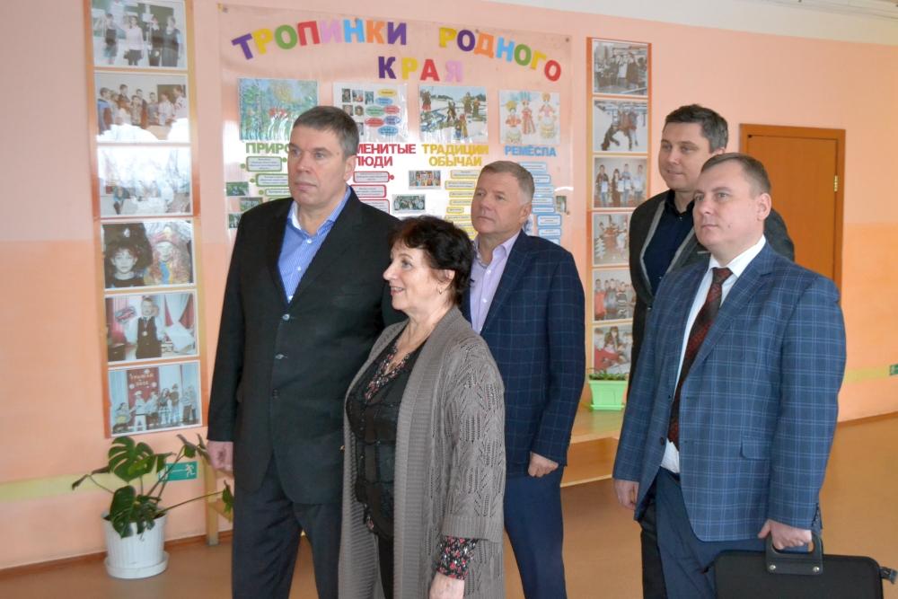 Во вторник, 23 января, главный федеральный инспектор по Кировской области посетил Советский район с рабочим визитом.