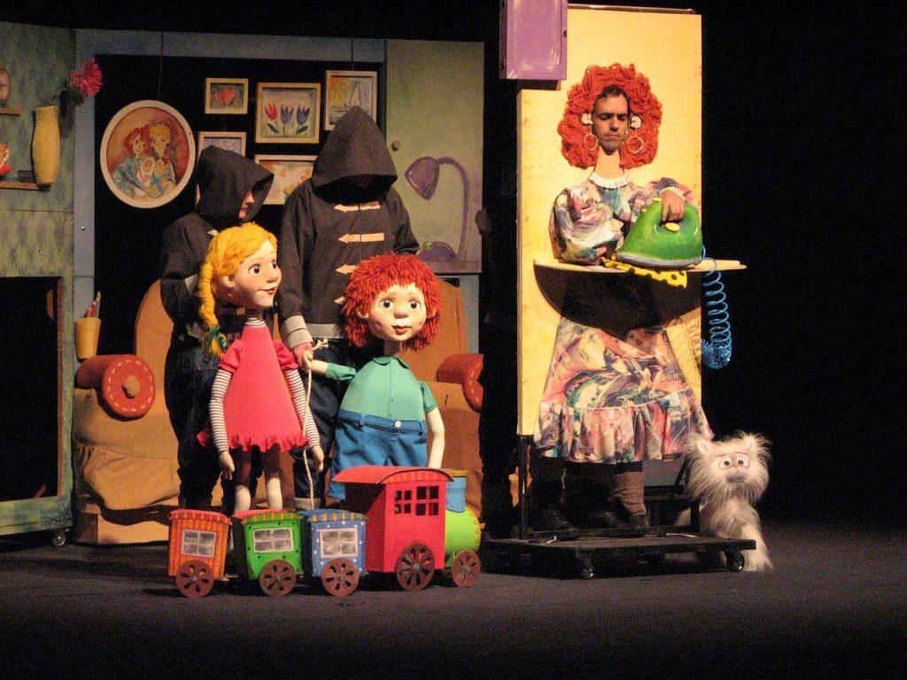 23 февраля в 11.00 в Кировском театре кукол им. А.Н. Афанасьева,