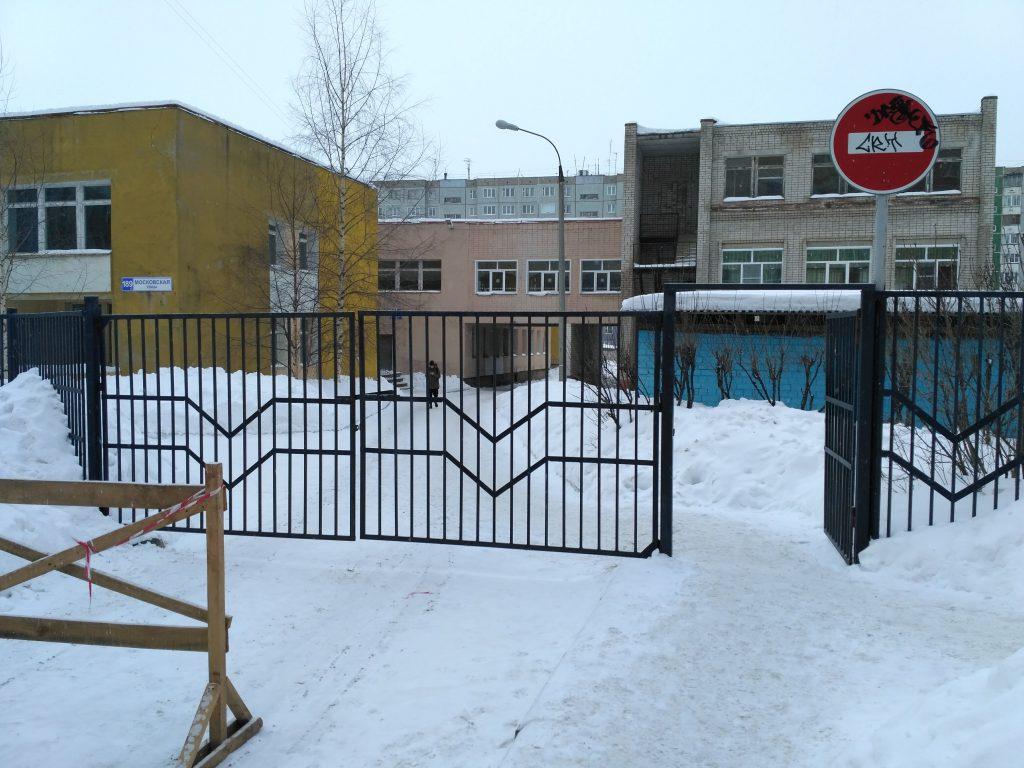 ниторинг ОНФ показал, что безопасность в детсадах Кирова находится на низком уровне