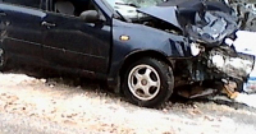 В Кирове в массовом ДТП около старого моста пострадали 5 человек