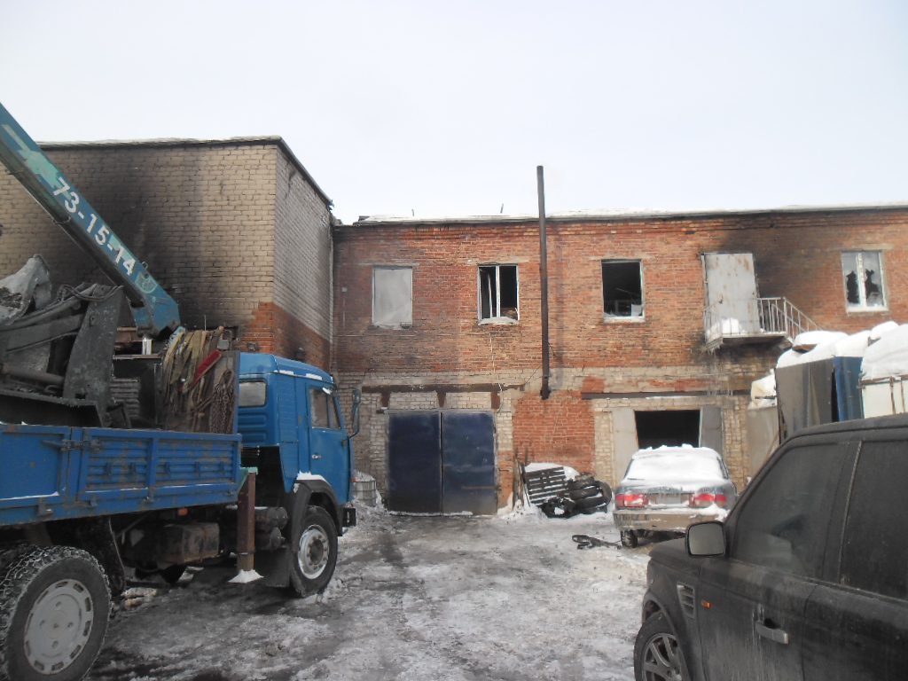 В Кирове сгорело производственное помещение
