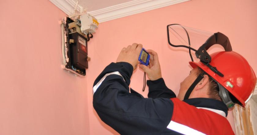 Филиал ПАО «МРСК Центра и Приволжья» - «Кировэнерго» активизирует деятельность по пресечению хищений электроэнергии, совершенных путем вмешательства в работу приборов учета.