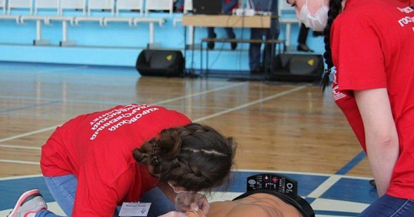 Студенты Кировского медицинского университета заняли 2 место во II этапе Всероссийских соревнований «Человеческий фактор»