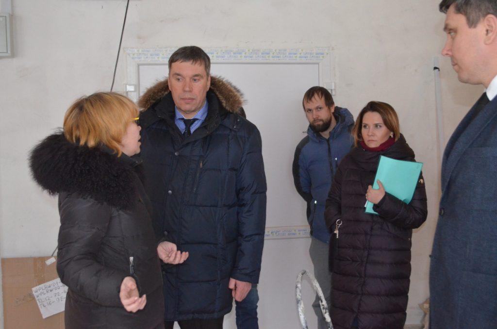 Владимир Климов проинспектировал ход ремонтных работ, которые ведутся за счет средств резервного фонда Президента РФ