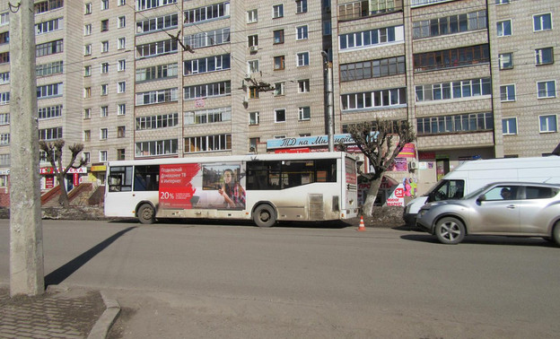 Трём пенсионерам понадобилась медицинская помощь после поездки на автобусе