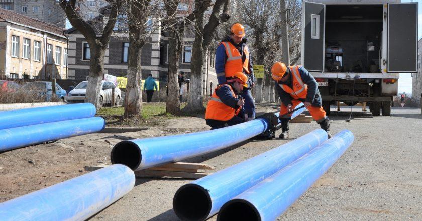 ККС обновляют водопровод в городе Кирове