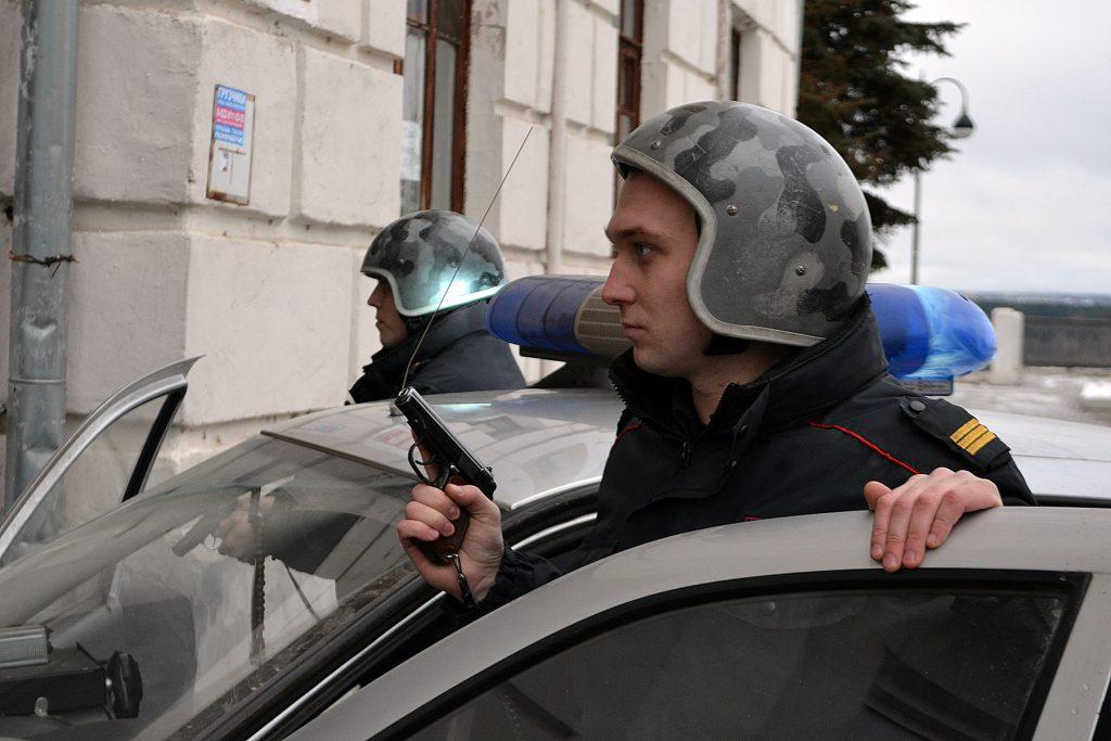 В Кирове сотрудники Росгвардии задержали мужчину, подозреваемого в краже ноутбука у иностранца