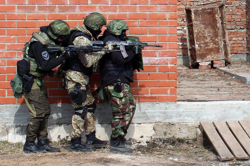 В Кировской области завершился полевой выход личного состава ОМОН Росгвардии