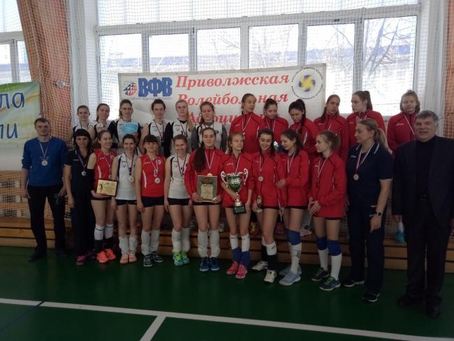 Дебют женской сборной ВятГУ на Чемпионате России 1 Лиги – открытом Чемпионате ПФО по волейболу стал успешным