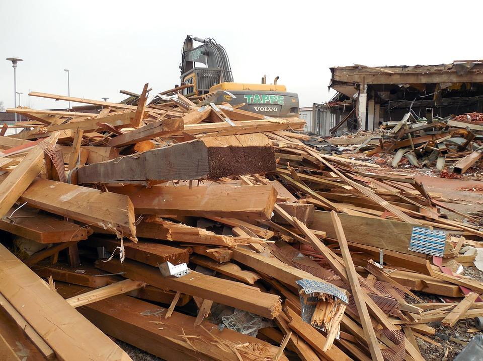 В Нововятске снесут 15 незаконных построек