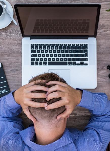Продавцы-аферисты обманывают кировчан в Интернете