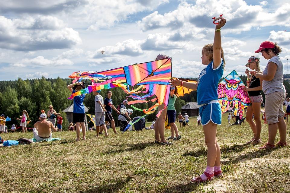 Более 57 тысяч детей отправятся на летний отдых в Кировской области