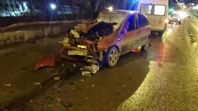 В Кирове столкнулись «Лада Калина» и грузовик «ГАЗ»: есть жертвы