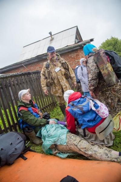 Участники Великорецкого крестного хода оставили после себя горы мусора