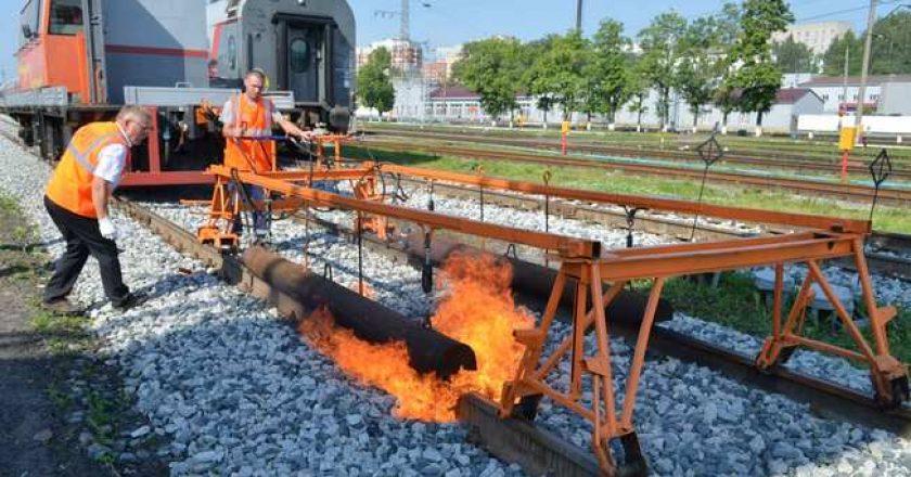 Установка по вводу рельсовых плетей в температурный режим внедрена в Кировском регионе ГЖД