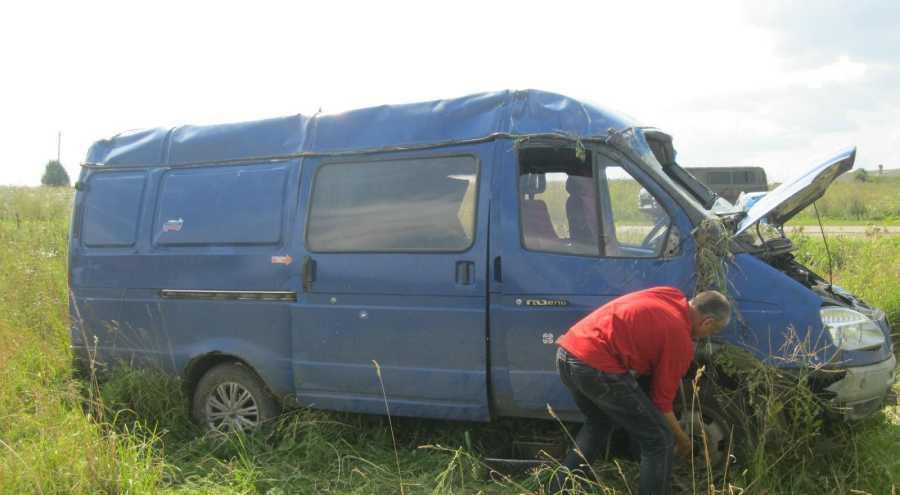 В Зуевском районе перевернулась «ГАЗель». Пострадало три пассажира