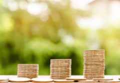 Зарплата кировчан за год выросла на 9,8% и составила 26 922 рубля