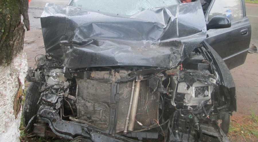 В Кирове столкнулись иномарка и рейсовый автобус, есть пострадавшие