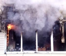 Ночью в Лянгасово горели балконы трех квартир