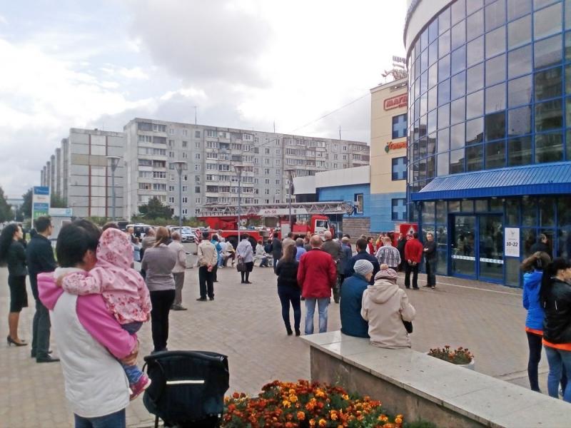 В торговом центре «Фестиваль» эвакуировали покупателей