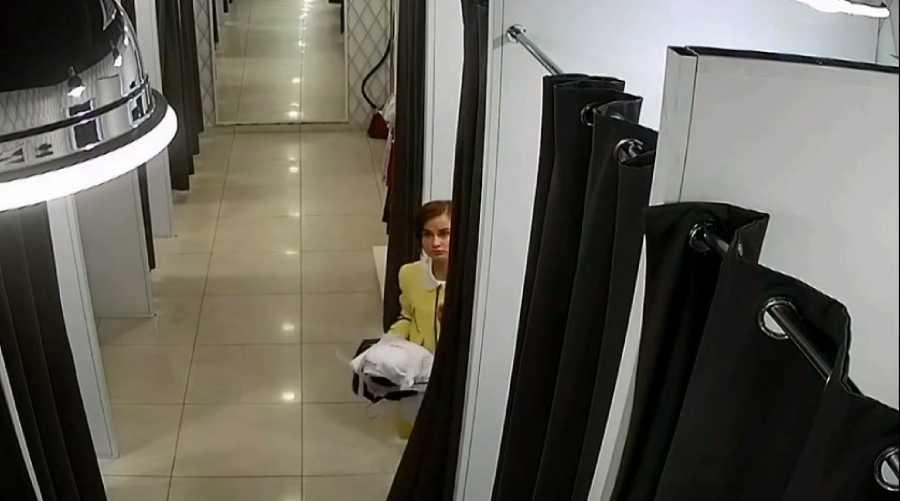 В Кирове разыскивают женщину, подозреваемую в краже 44 тысяч рублей