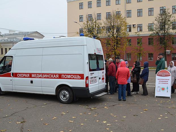 В Кирове будут работать мобильные прививочные бригады