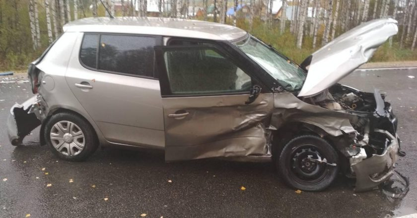 В крупном ДТП на трассе «Вятка» пострадало четыре человека