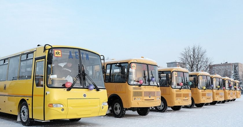 Школьный автопарк Кировской области увеличился на 38 автобусов