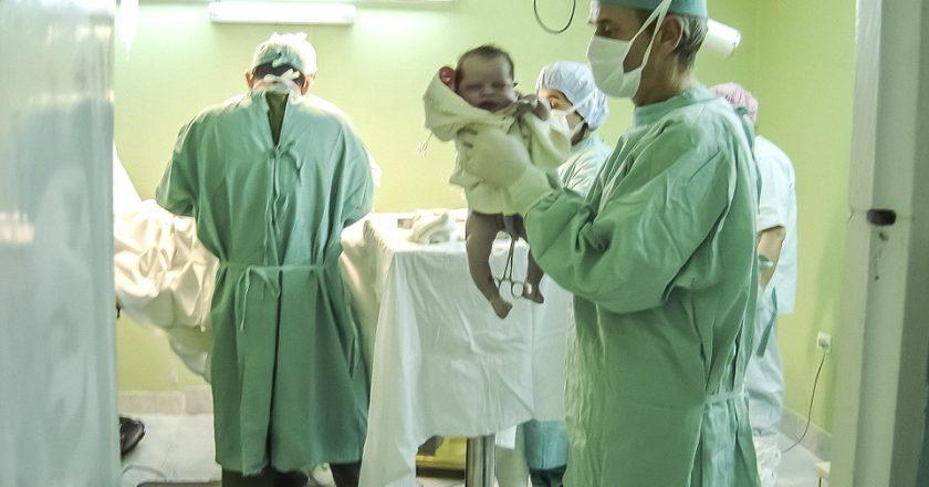 За новогодние праздники в Кирове родилось 196 детей