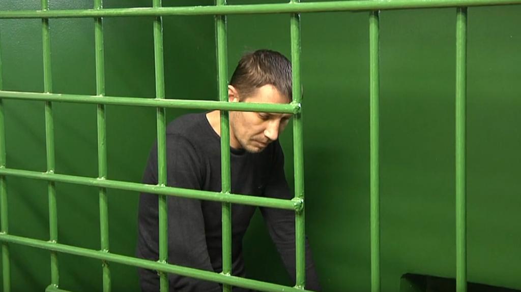В Кирове задержан грабитель, избивший женщину в подъезде