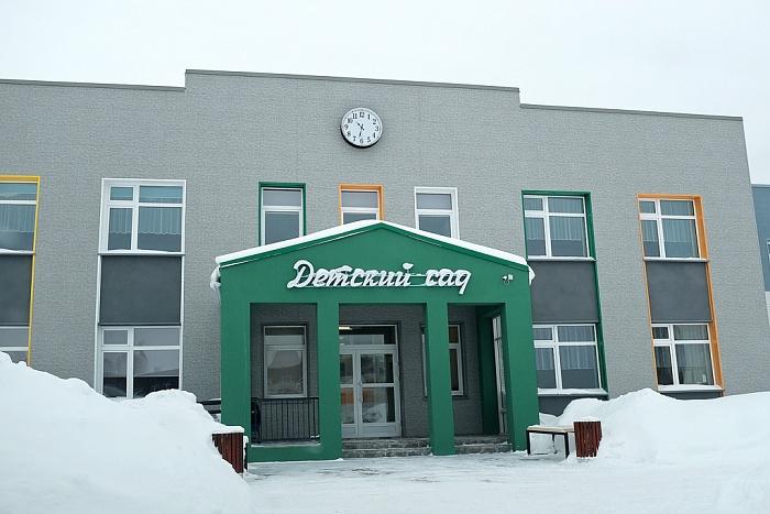 Дмитрий Курдюмов проверил готовность нового детского сада в микрорайоне Урванцево