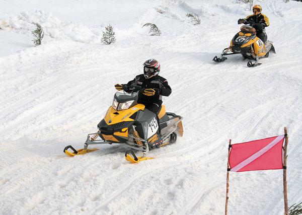 В Орлов съедутся лучшие спортсмены по снегоходному спорту