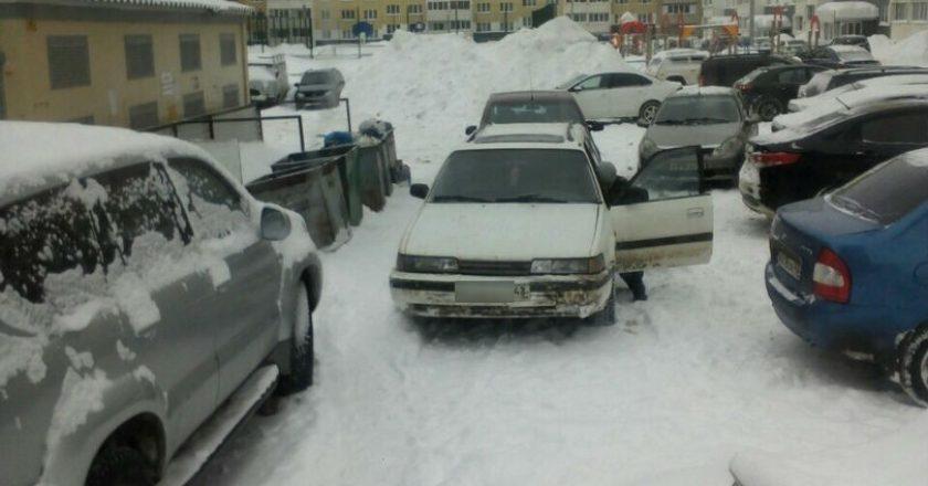В Кирове идёт фотокастинг «мастеров парковки»