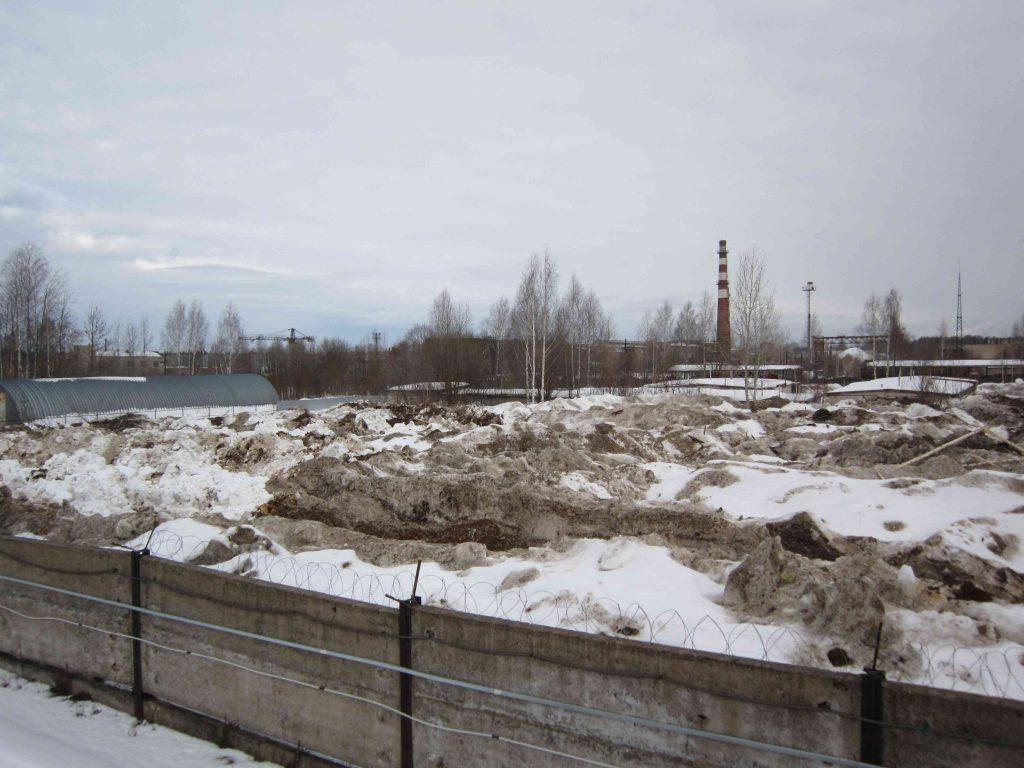 В микрорайоне Сельмаш обнаружили незаконную свалку снега