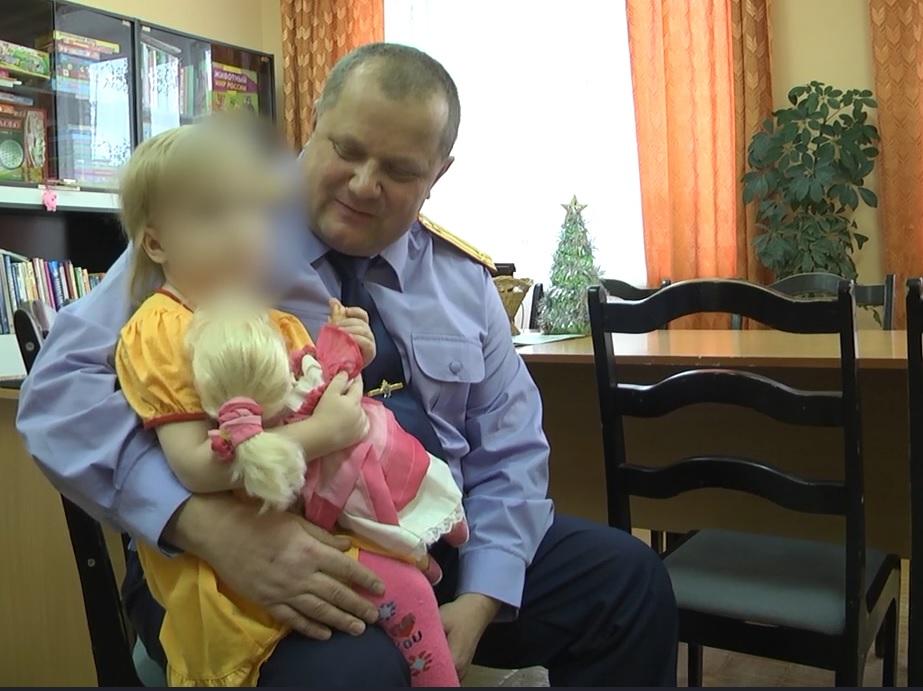 В Кирово-Чепецке мать из-за неприязни избивала 4-летнюю дочь