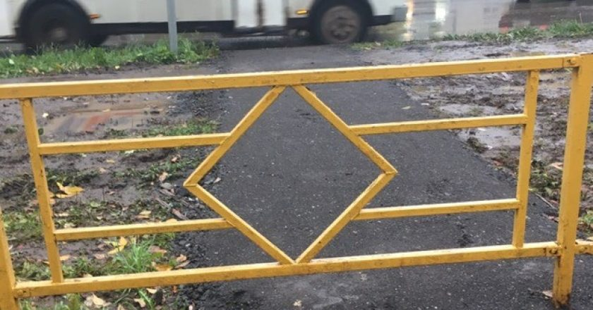 Дорожные ограждения отремонтируют и перекрасят