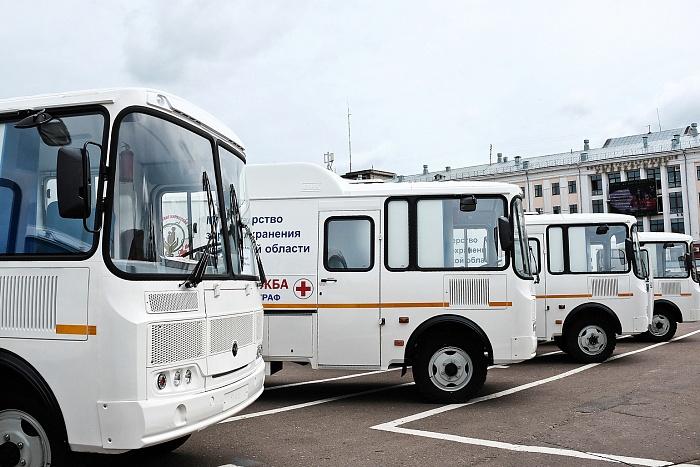 Шесть новых мобильных флюорографов переданы районным больницам Кировской области