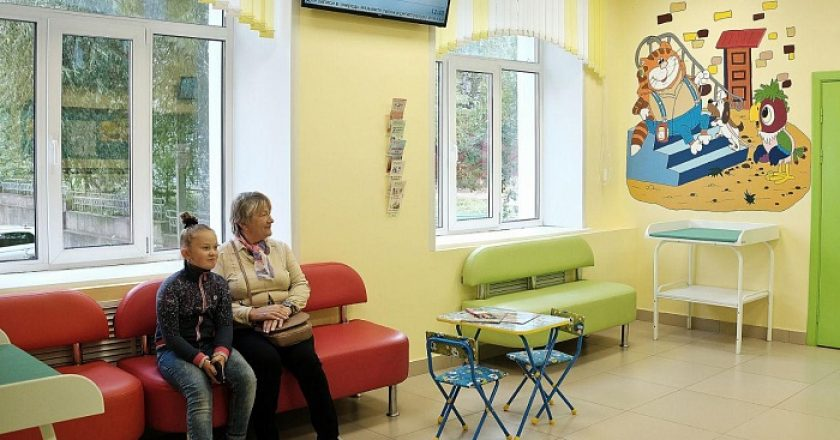 В Кирове в рамках нацпроекта «Здравоохранение» продолжается ремонт детских поликлиник