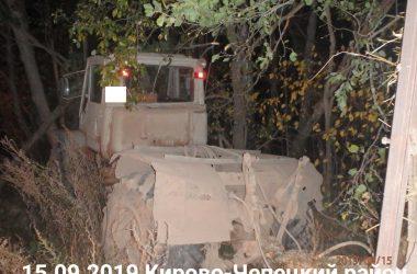 В Кировской области трактор задавил насмерть своего водителя