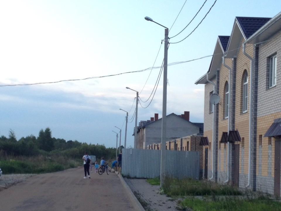 Вопреки обещаниям чиновников в Новом Сергеево до сих пор не работает уличное освещение