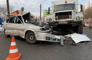 В Кирове в понедельник, 16 декабря, произошло ДТП