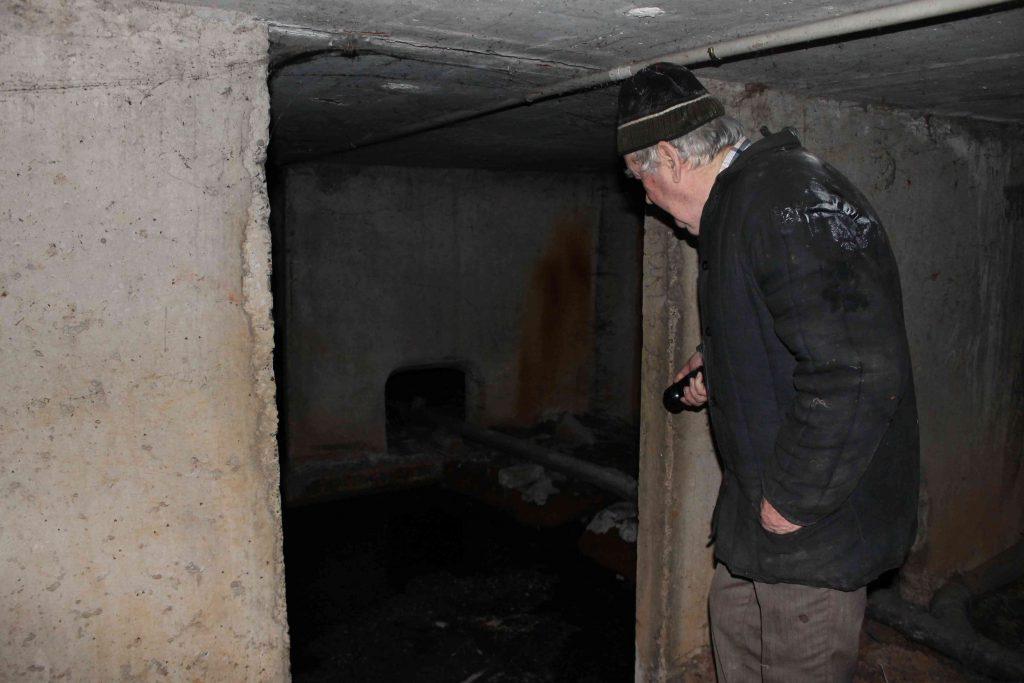 В подвале пятиэтажки на Воровского образовалось с червями