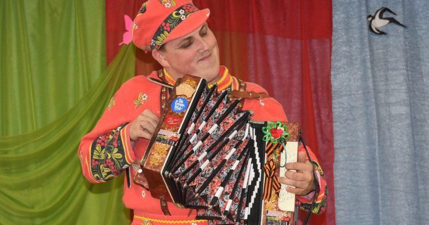 Кировчанин записал песню «Уходи, коронавирус»